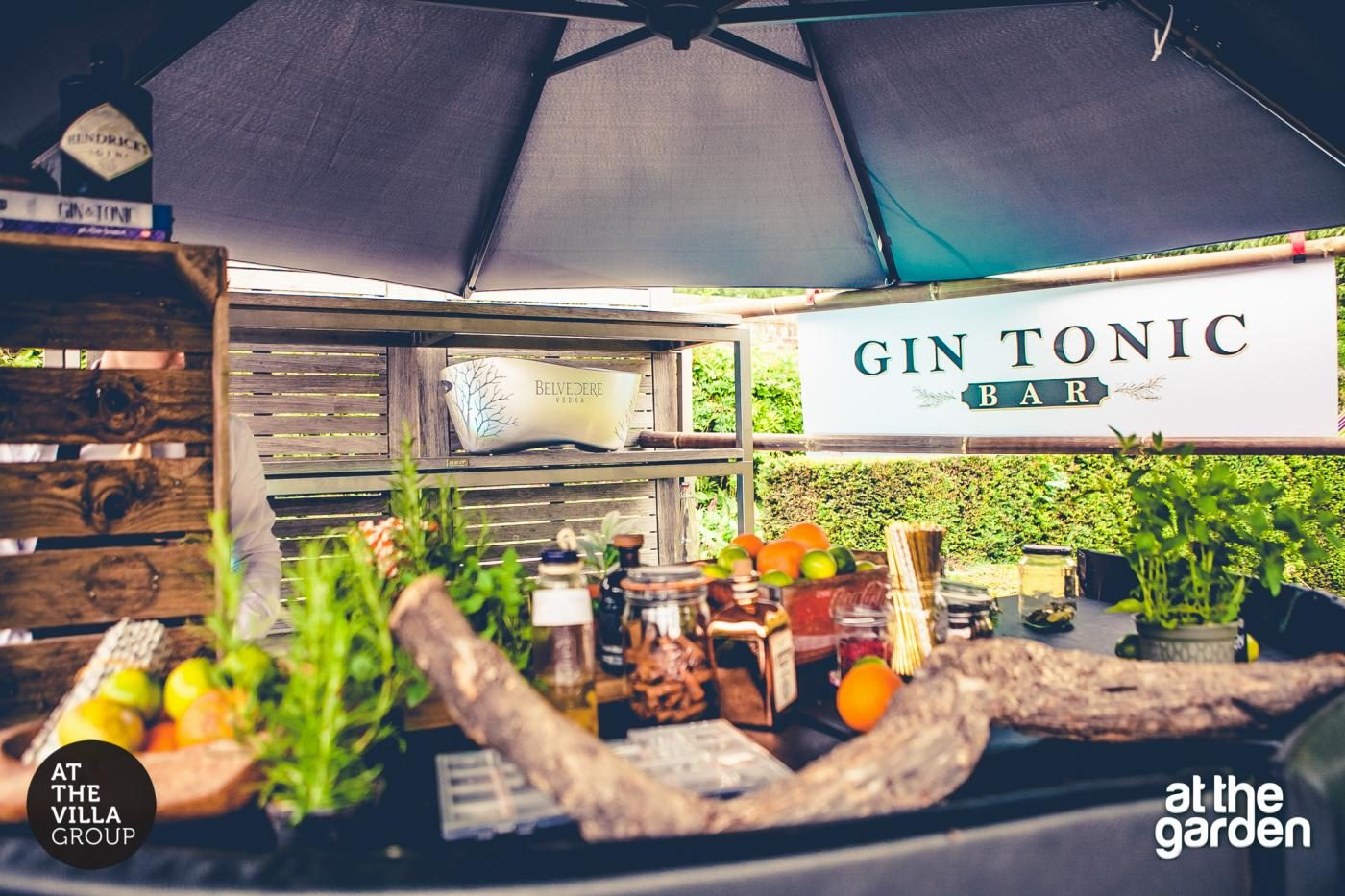 Gin Tonic Bar Horecare Evenement organiseren personeel Maastricht Limburg Valkenburg Heuvelland Sittard Geleen Heerlen Parkstad